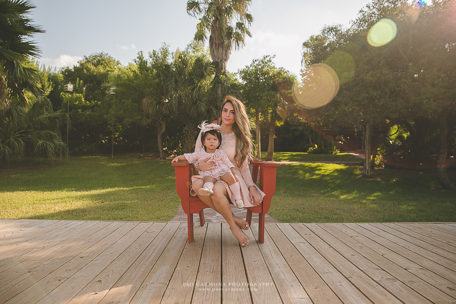 Photography-Brownsville-Pao-Carmona-Family-One-Year-Sofia-2