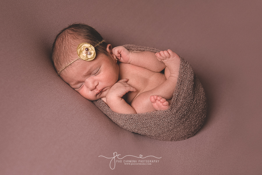 Photography-Brownsville-Pao-Carmona-Newborn-Girl-Carolina-1