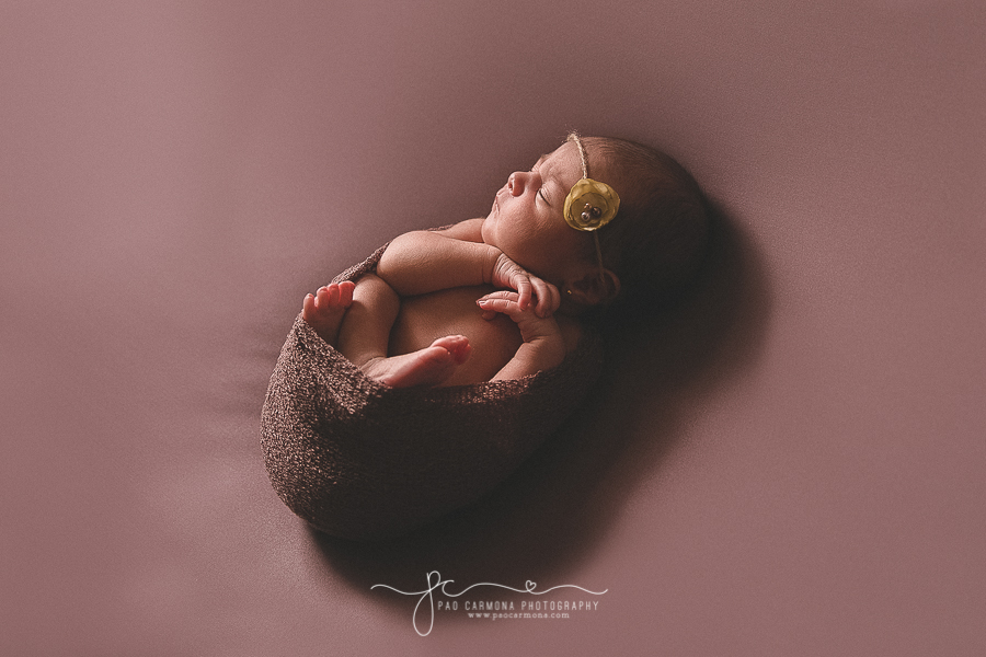 Photography-Brownsville-Pao-Carmona-Newborn-Girl-Carolina-2