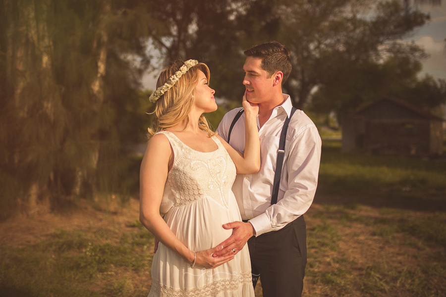 Photography-Brownsville-Pao-Carmona-Maternity-Nancy-2